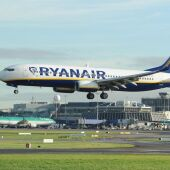 Pasajeros de un avión de Ryanair.