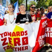 Marcha durante la XXII Conferencia Internacional sobre el SIDA