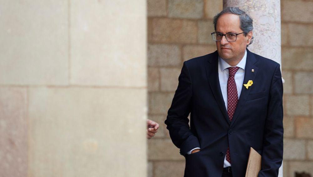 El presidente de la Generalitat de Cataluña, Quim Torra, asiste a la reunión semanal de Govern, en el Palau de la Generalitat de Barcelona.