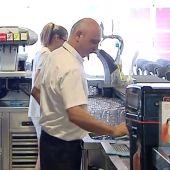 Trabajadores en un establecimiento de hostelería