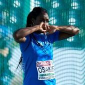 Osakue en una competición de atletismo