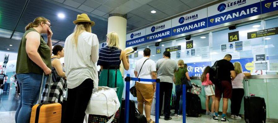 Ryanair cancela 396 vuelos por la huelga europea de pilotos