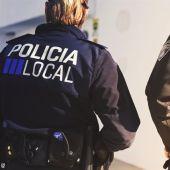 Imagen de archivo de agentes de la Policía Local de Ibiza