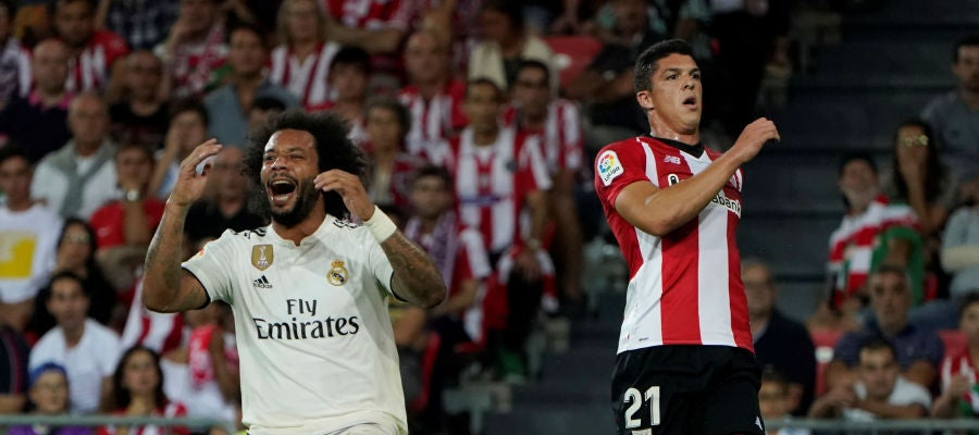 Marcelo se lamenta durante el partido contra el Athletic