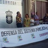 La concentración ha reunido a pocas personas en la Plaza Mayor