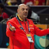 El seleccionador español femenino de baloncesto, Lucas Mondelo.