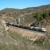 Tren de mercancías en Iznalloz (Granada)
