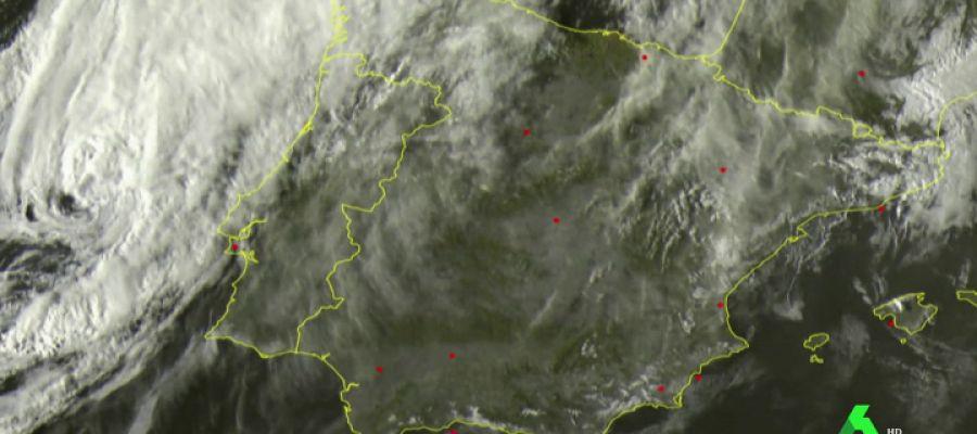 Leslie afectará este domingo a toda España: se esperan rachas de viento de 150 kilómetros por hora