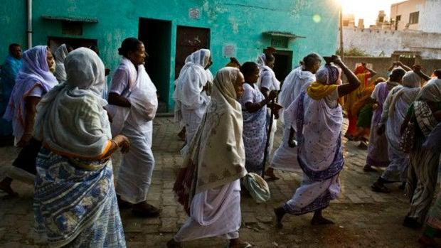 Indignación en la India por permitir entrar a las mujeres con la menstruación a los templos