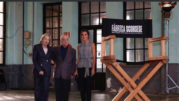 La Reina participa en el coloquio de Scorsese con jóvenes cineastas en la antigua fábrica de La Vega
