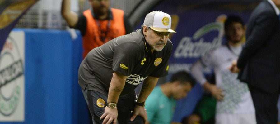 Maradona, en un partido de los Dorados de Sinaloa