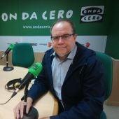 Fermín Crespo en los estudios de Onda Cero
