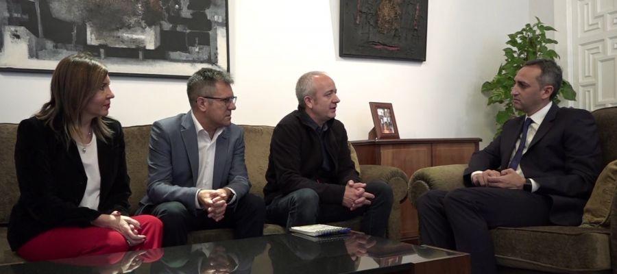 Reunión de Alberto Aguilar en la Diputación Provincial