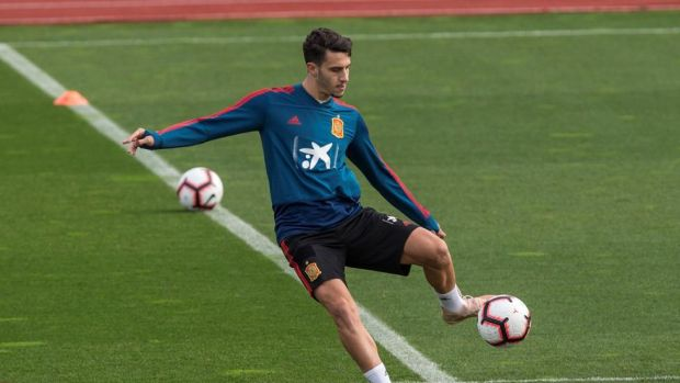 La operación de Mario Hermoso podría aplazarse al verano y cinco equipos españoles pujan por Calero