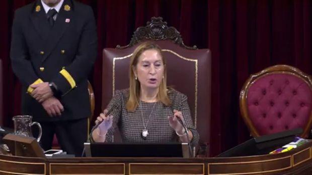 Ana Pastor anuncia que retirará las palabras golpista y fascista del Diario de Sesiones
