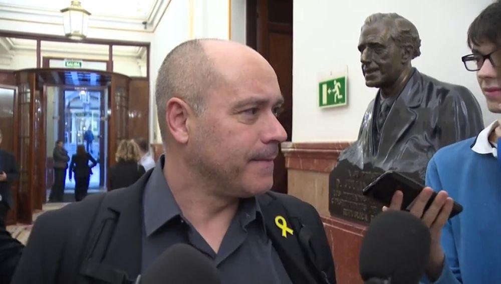 """laSexta Noticias 14:00 (22-11-18) Jordi Salvador, diputado de ERC: Borrell """"se tiene que disculpar. No hubo ningún escupitajo"""""""