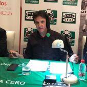 El presidente del Sevilla, Pepe Castro, con Pablo Blanco.