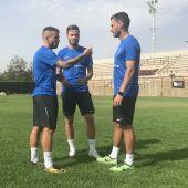 Aarón, Saúl y Jony, en el Campus Ñíguez Sport organizado en el Díez Iborra de la Ciudad Deportiva de Elche.