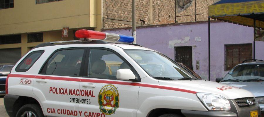 Coche de policía de Perú