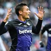 Carrillo celebra un gol con el Leganés