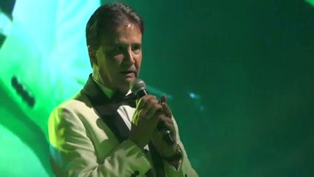 """La poesía de José Ramón de La Morena para cerrar la Gala de los Premios al Altruismo: """"Que suerte he tenido de nacer..."""""""