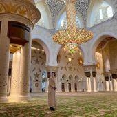 Sergio Ramos en la mezquita Sheikh Zayed