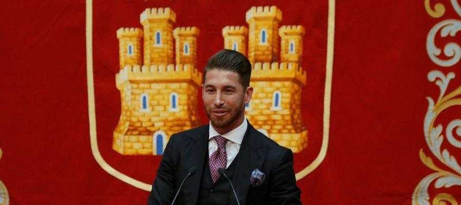 Sergio Ramos recibe un premio de la Comunidad de Madrid