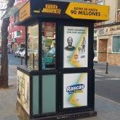 Kiosco de la ONCE en la calle Morería