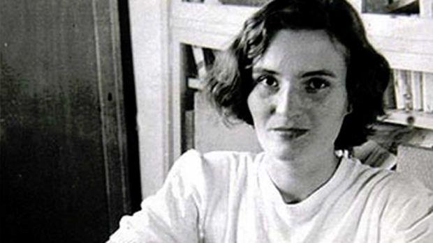 Mujeres con historia: la enigmática escritora Carmen Laforet