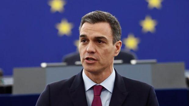 """Pedro Sánchez pide a los europeístas no dejarse arrastrar por el nacionalismo excluyente que """"amenaza"""" a la UE"""