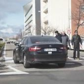 Tres taxistas detenidos por pinchar las ruedas a un VTC