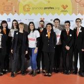 Voluntarios de Atresmedia con el equipo de la Fundación Juan XXIII Roncalli y, a la derecha,  Alicia Aguado (Fundación Atresmedia)