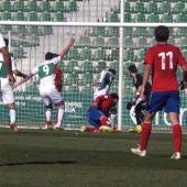 El Ilicitano dejó escapar la oportunidad de ganar ante el Atlético Saguntino.