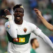 Sory Kaba celebra un gol con el Elche CF ante el CD Lugo.