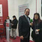 Salvador Aguilella con Lorena Pardo en Cevisama