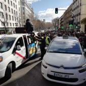 Decimotercera jornada de huelga de taxistas en Madrid