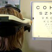 El simulador del CSIC con el que se experimentan los efectos tras una cirugía ocular