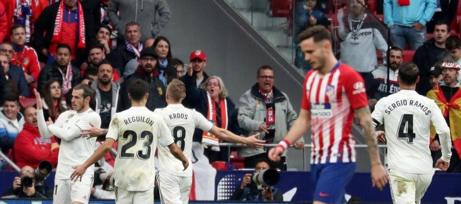 Gareth Bale hace un corte de mangas tras marcar su gol contra el Atlético de Madrid