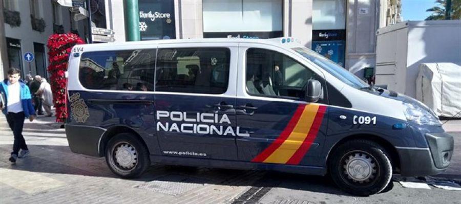Un vehículos de la Policía Nacional.