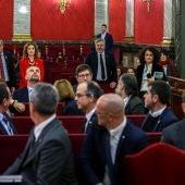 El presidente de la Generalitat, Quim Torra, y los 12 procesados por el 1-O