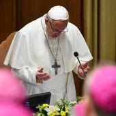 El Papa durante la cumbre contra la pederastia
