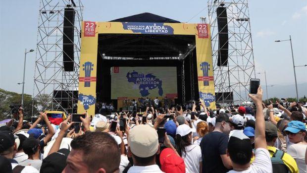 Decenas de artistas internacionales cantan en Colombia por la ayuda humanitaria para Venezuela