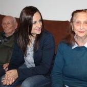 Prado Zúñiga, durante una visita a una residencia de mayores