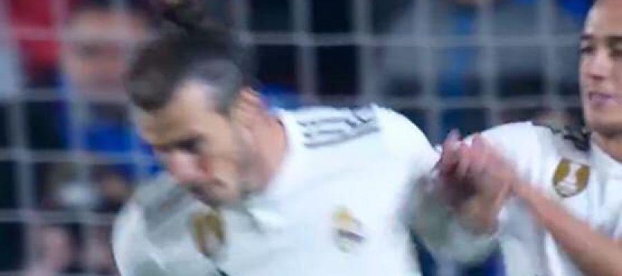 El gesto de Bale apartando a Lucas Vázquez