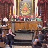 Votacion en el peno del Ayuntamiento de Elche del mes de febrero