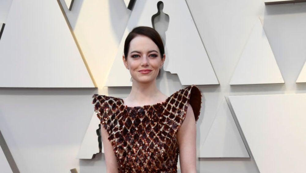 Emma Stone llega a la gala de los Oscar 2019