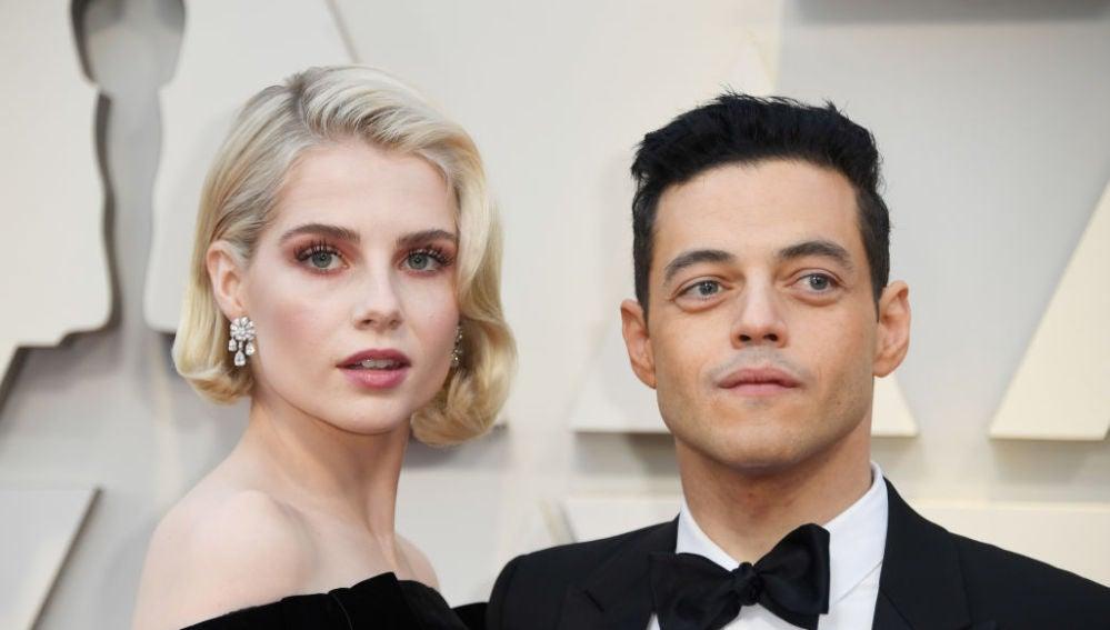 Los protagonistas de 'Bohemian Rhapsody', Rami Malek y Lucy Boynton