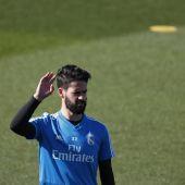 Isco, en un entrenamiento del Real Madrid.