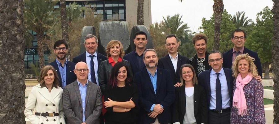 Juan José Ruiz con la candidatura que encabeza a las elecciones a rector de la UMH de Elche