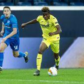 Chukwueze supera a un defensor del Zenit